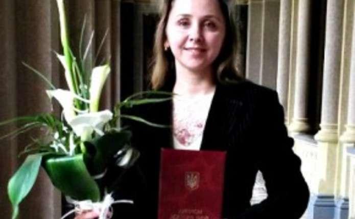 Одному з наймолодших докторів наук ЧНУ призначили іменну стипендію ВРУ