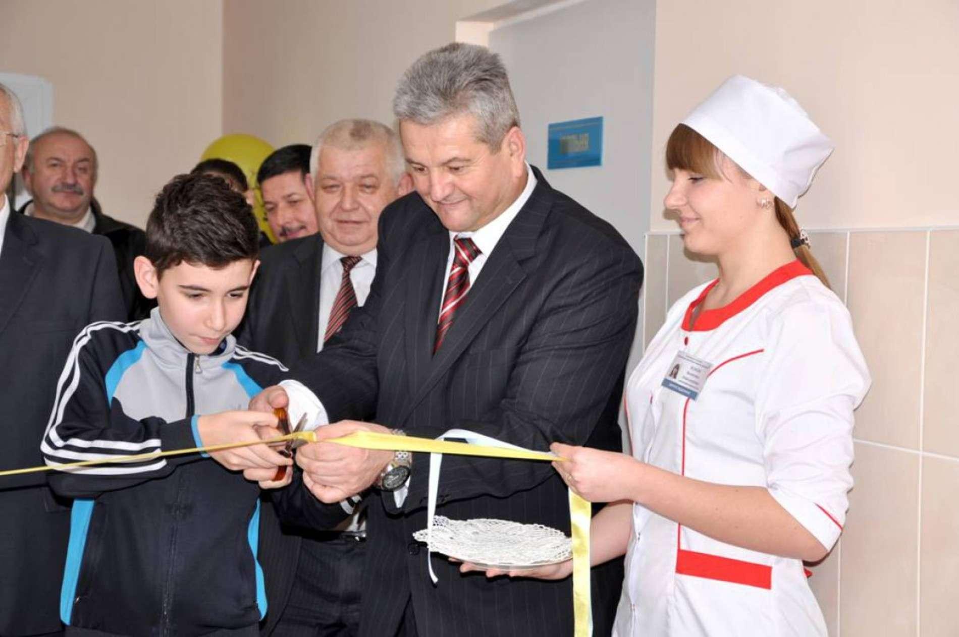 У лікарні Кіцманя відкрили осучаснене дитяче відділення
