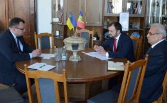 У Чернівцях обговорили питання розробки туристичного маршруту Румунія– Україна–Республіка Молдова 4b8ce04c3dd2c