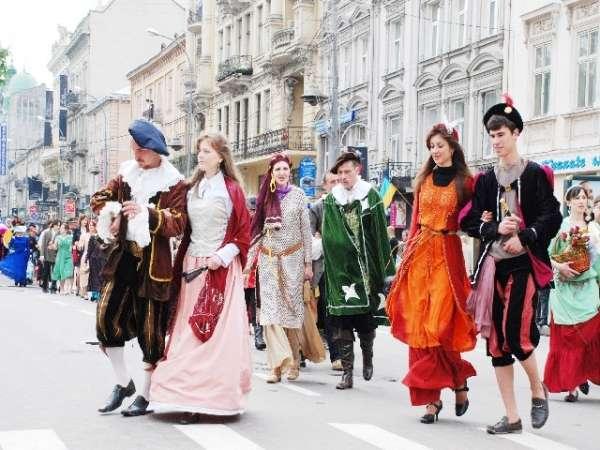 У вихідні до Львова чи на природу