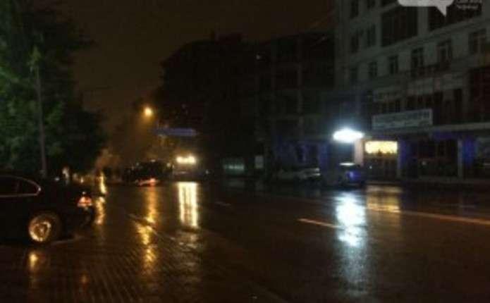 Вночі на вулиці Героїв Майдану у Чернівцях трапилася жахлива аварія