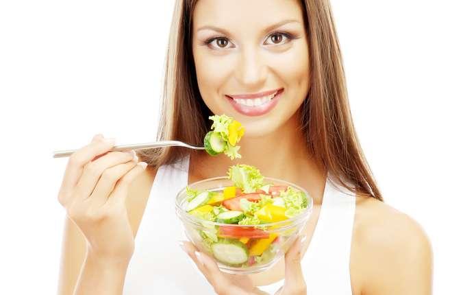 Ласуємо смачними салатами