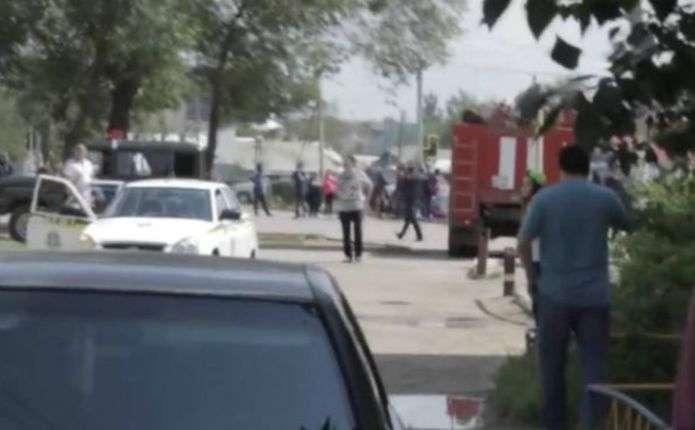 У Казахстані - напад на військову базу, є поранені