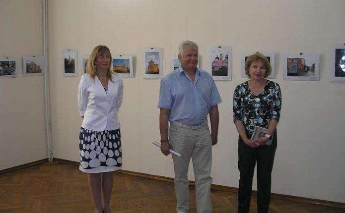 У художньому музеї Чернівців відкрили виставку На згадку Буковині