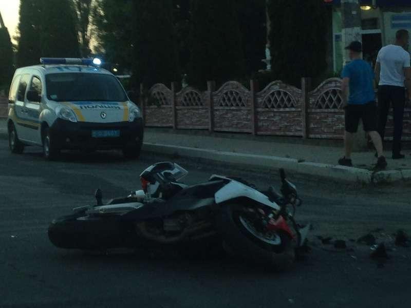 На в'їзді до Чернівців трапилась аварія
