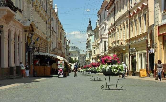 Вулицю Ольги Кобилянської у Чернівцях хочуть перейменувати