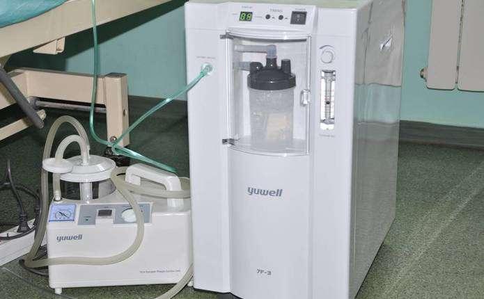 Онкодиспансеру в Чернівцях передали кисневу апаратуру