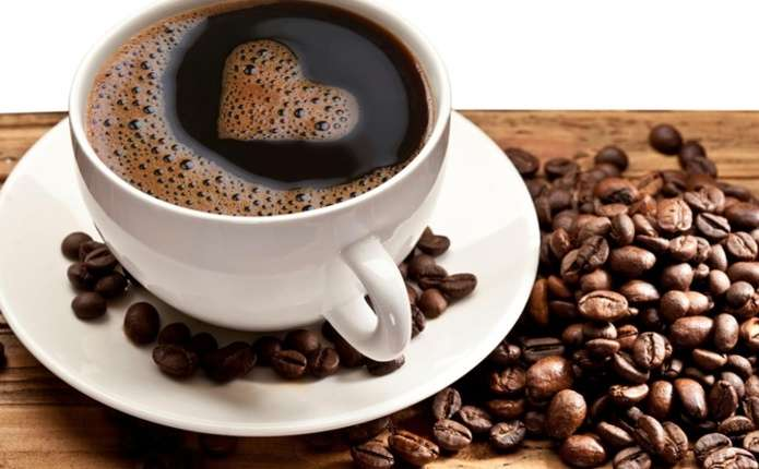 Гарячі чай та кава провокують рак стравоходу