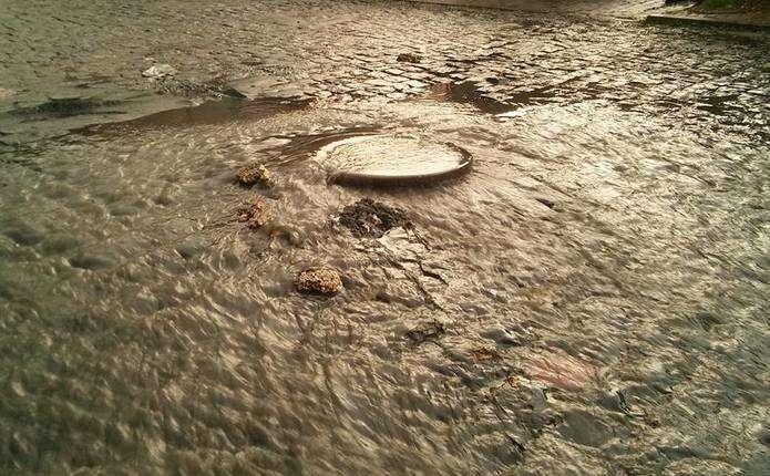 Вчорашня злива перетворила Чернівці на маленьку Венецію