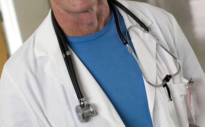 Ще двоє медиків з Чернівців стали Заслуженими лікарями України