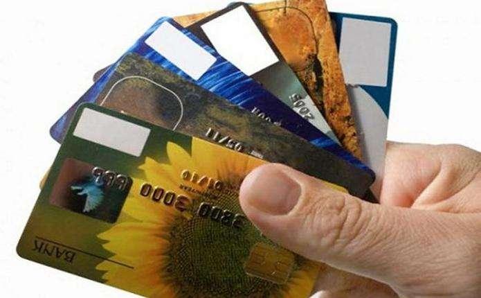 4 кроки, які допоможуть повернути викрадені з картки гроші, - юрист