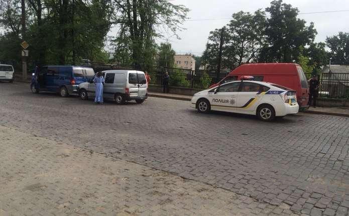 Неподалік залізничного вокзалу у Чернівцях трапилась аварія