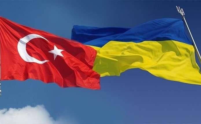 Туреччина дозволила українцям довше відпочивати без віз