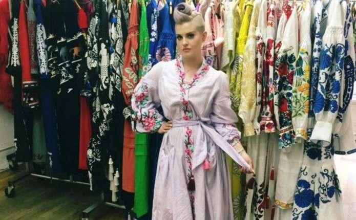 Келлі Озборн у вишиванці назвала Україну центром моди