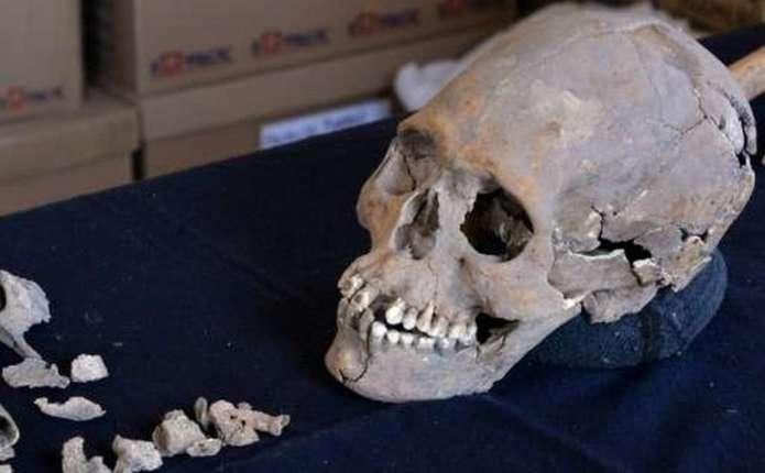 У Мексиці знайдено жіночий череп з інкрустованими зубами
