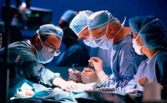 В Україні вперше зробили операцію із пересадки механічного серця
