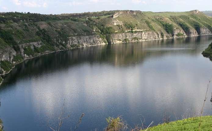 Новий екскурсійний маршрут Дністром представили у Чернівецькій області