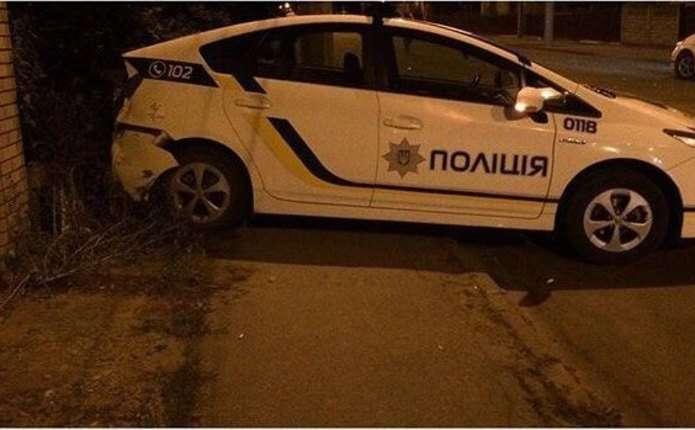 У Чернівцях трапилась смертельна аварія за участі патрульної поліції, загинув хлопець