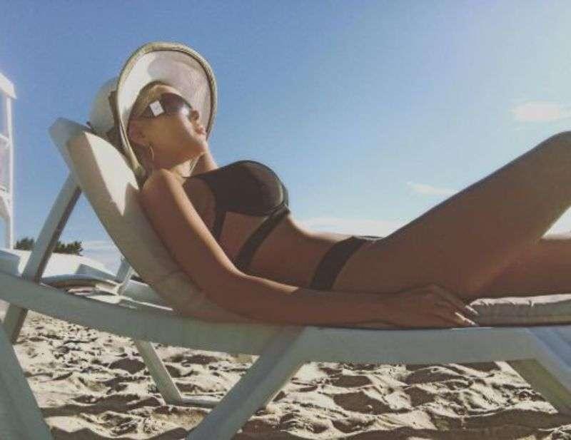 Аліна Гросу: гарячі знімки на пляжі