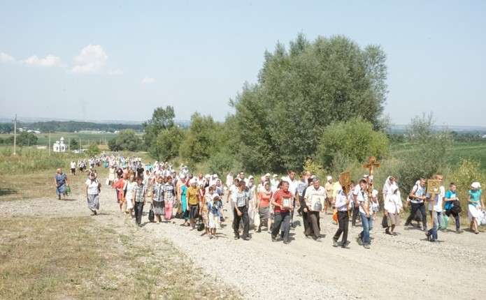 Буковинців запрошують на хресну ходу з нагоди відзначення річниці хрещення Руси-України