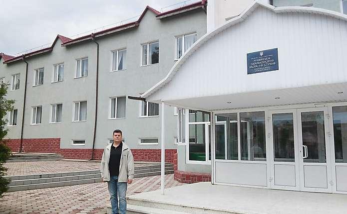 У Чернівецькій області закриють 1 школу, ще одна - під питанням