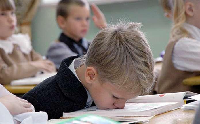 Для українських школярів спростили шкільну програму