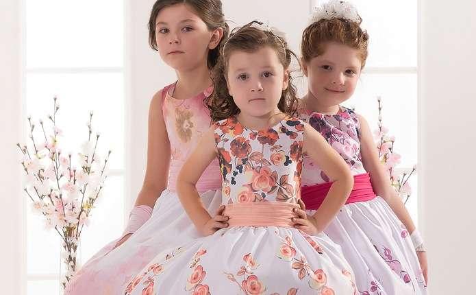 Як вибрати святкове платтячко для маленької принцеси