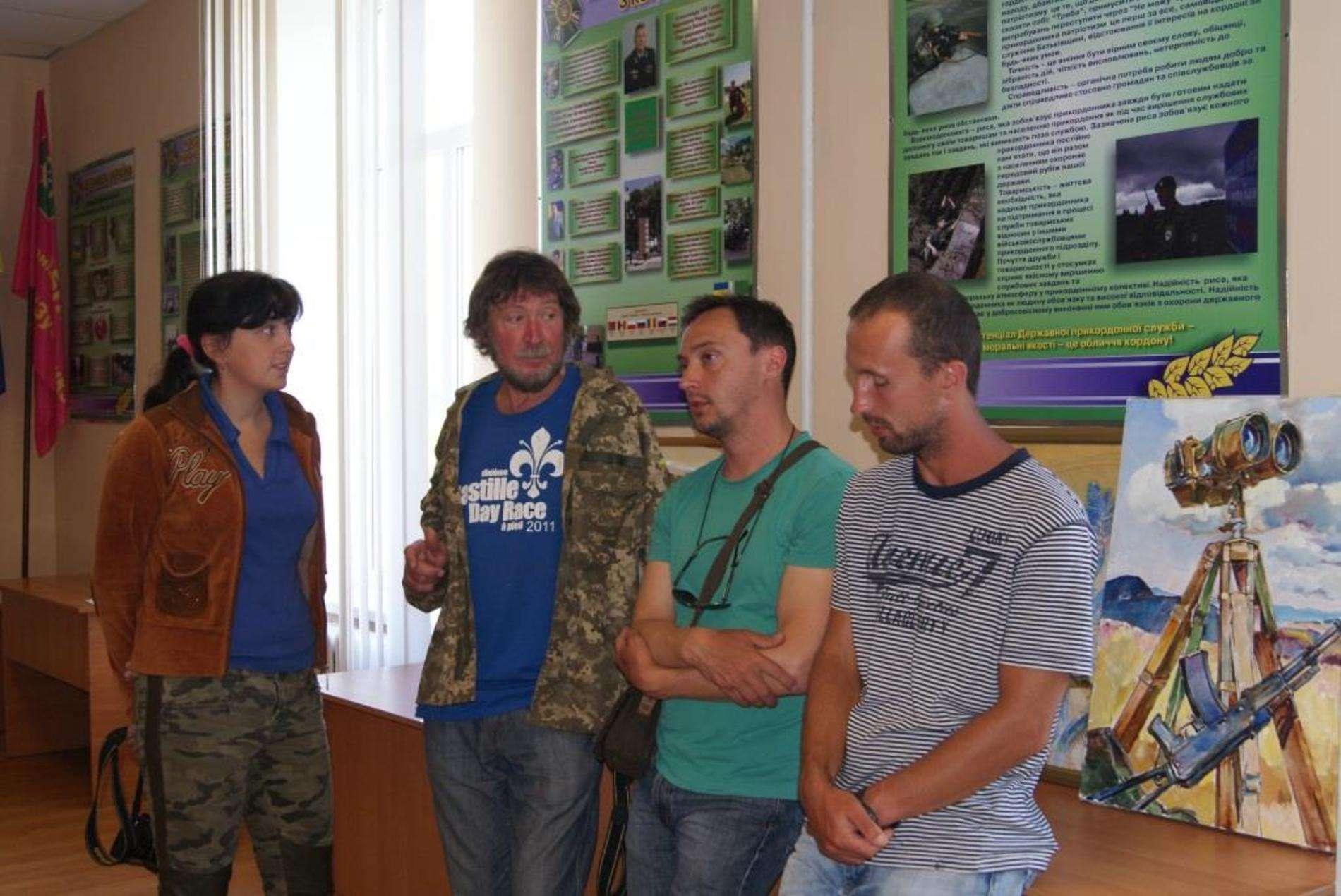 Відомі художники з Києва та Одеси презентували буковинцям понад 2 десятки робіт