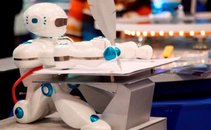 У дворику чернівецької Ратуші влаштують унікальну демонстрацію роботів