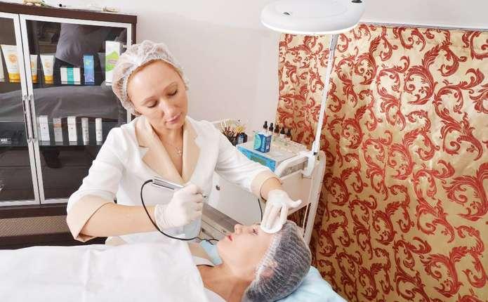 Безпечний перманентний макіяж вимагає якісних фарб та стерильності
