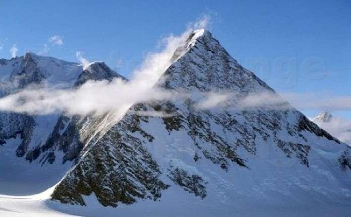 В Антарктиді виявили гігантські стародавні піраміди
