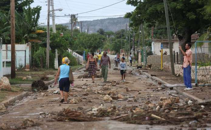 На Гаїті вирує ураган Метью: загинули понад 300 людей
