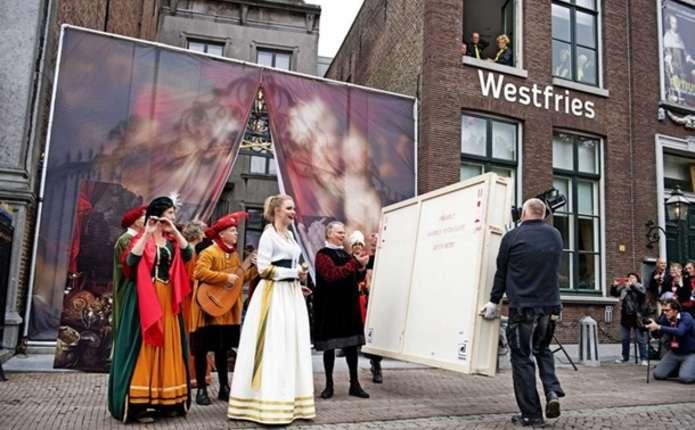 Україна повернула Голландії 5 викрадених картин