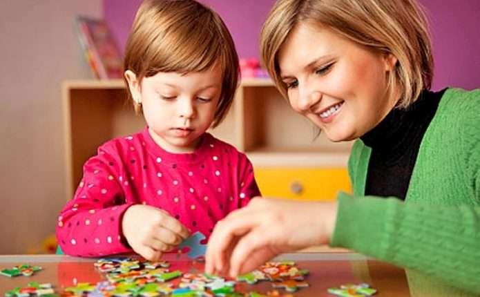 Вчені: діти успадковують розумові здібності тільки від матері