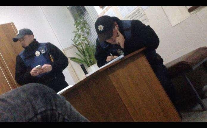 Стали відомі нові подробиці інциденту з поліцейськими у Чернівецькій області