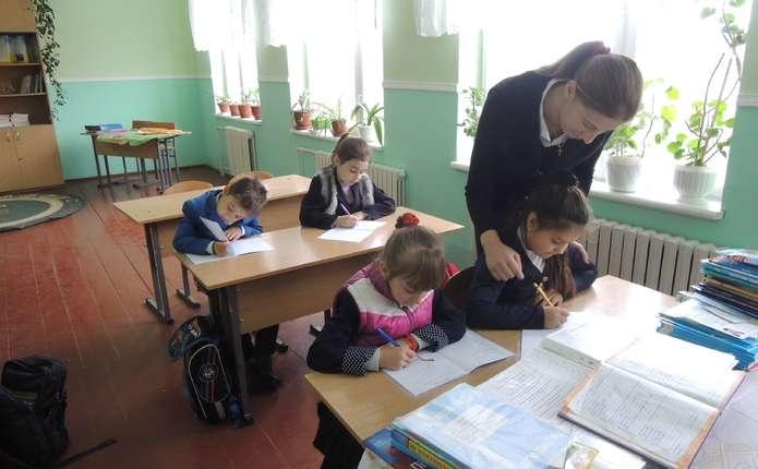 Батькам радять не залишати виконання домашнього завдання з дітьми