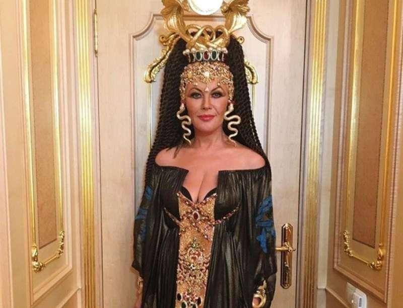 Скандальна народна артистка України заспівала в Кремлі