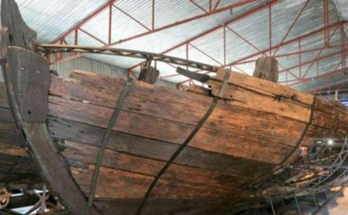 У Запоріжжі відреставрували козацький корабель