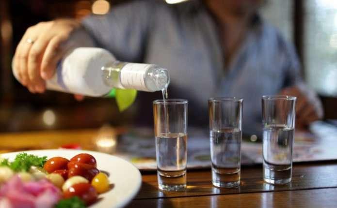Як можна в домашніх умовах перевірити якість придбаної горілки