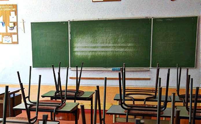 У школах Новодністровська через відсутність тепла оголосили канікули