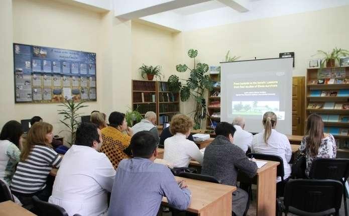 Професор Леслі Лобель з університету Ізраїлю прочитав лекцію чернівецьким студентам-медикам