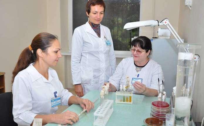 Найбільша баклабораторія Чернівців отримала нове приміщення