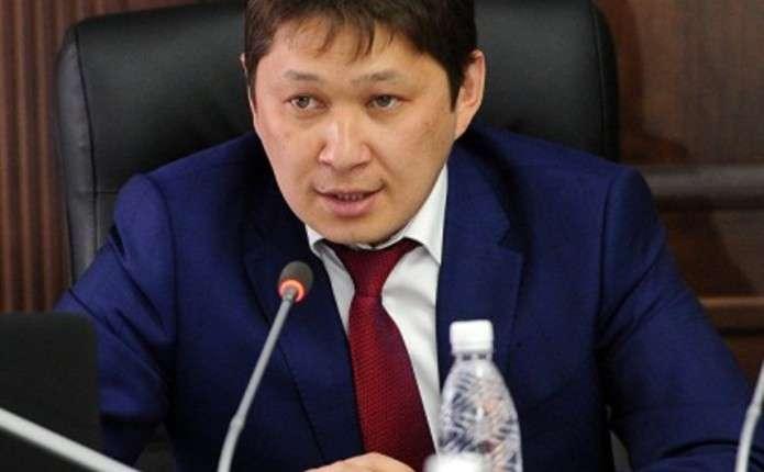 В АП Киргизстану спростували інформацію про розмову П.Порошенка з А.Атамбаєвим – ЗМІ