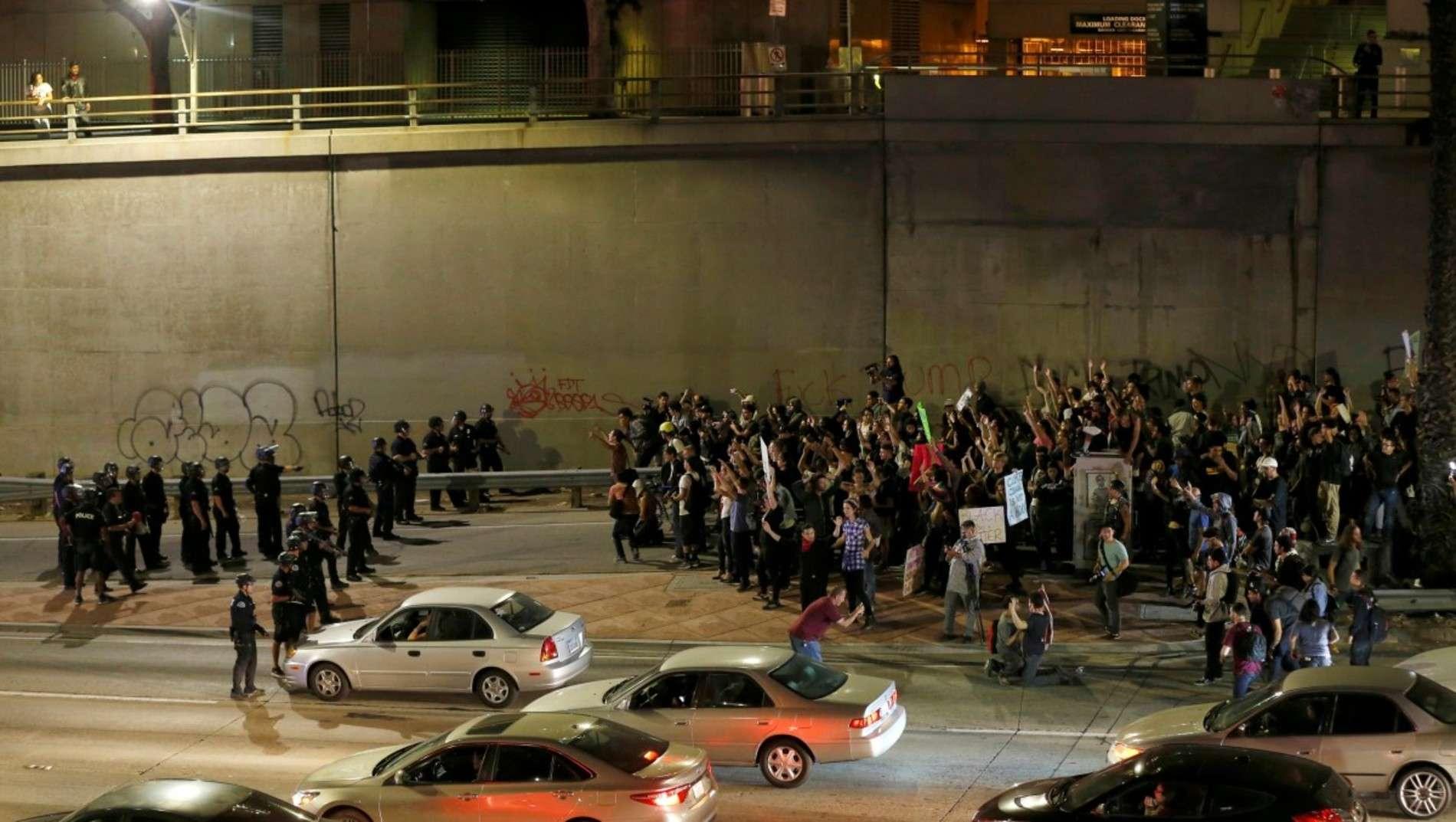 Тисячі людей у США протестують проти обрання Трампа президентом