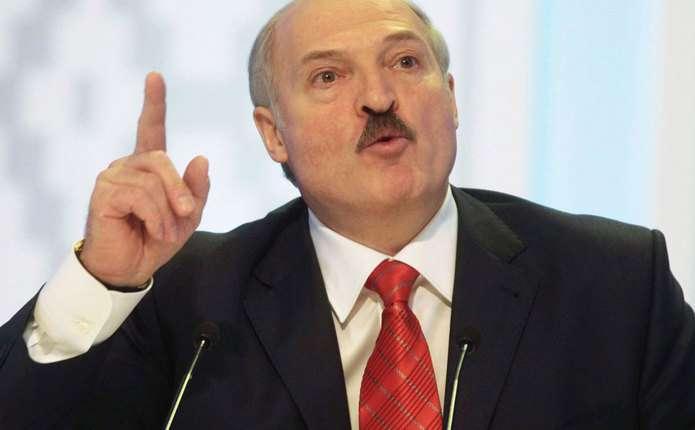 Лукашенко заявив, що готовий організувати місцеві вибори на Донбасі