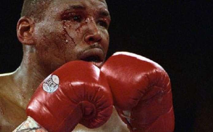 У США помер один з найбільш видовищних боксерів в історії