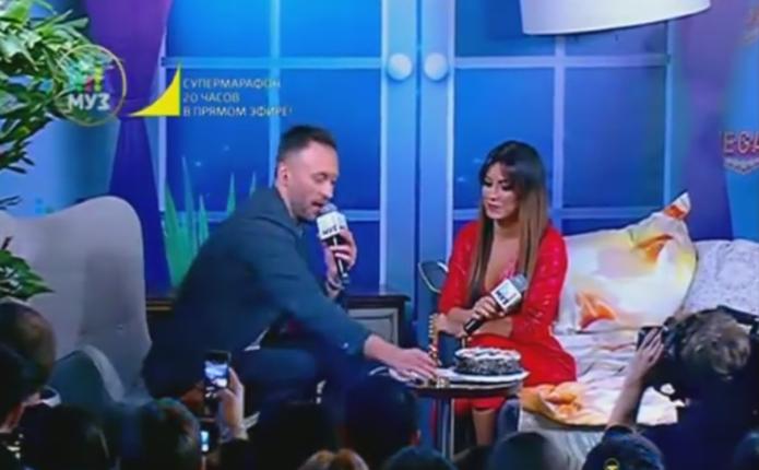 У Росії на співачку Ані Лорак накинувся шанувальник