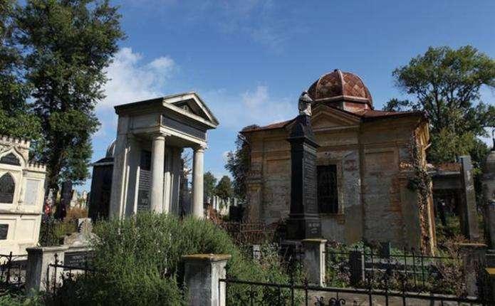 Меморіальний музейний центр євреїв Буковини створять у Чернівцях