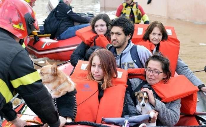 В Італії через повІнь сотні жителів залишили будинки