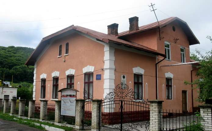 Виставка робіт студентів Вижницького коледжу відкриється у Чернівцях